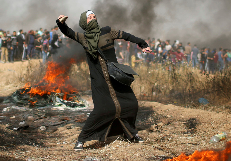 gaza woman throwing stone