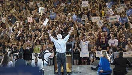 Bernie Sanders: unprecedented opportunity for socialists