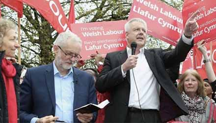 Carwyn Jones: sought to distance Welsh Labour from Corbyn. But his successor could well be different