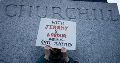 web-Corbyn-antisemitism-demonstration-11-0
