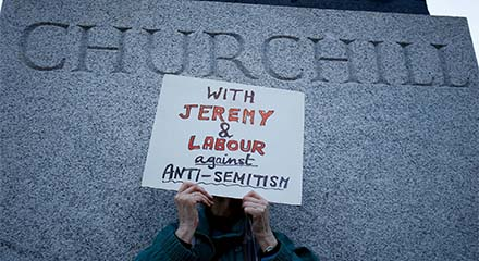 web-Corbyn-antisemitism-demonstration-11-0
